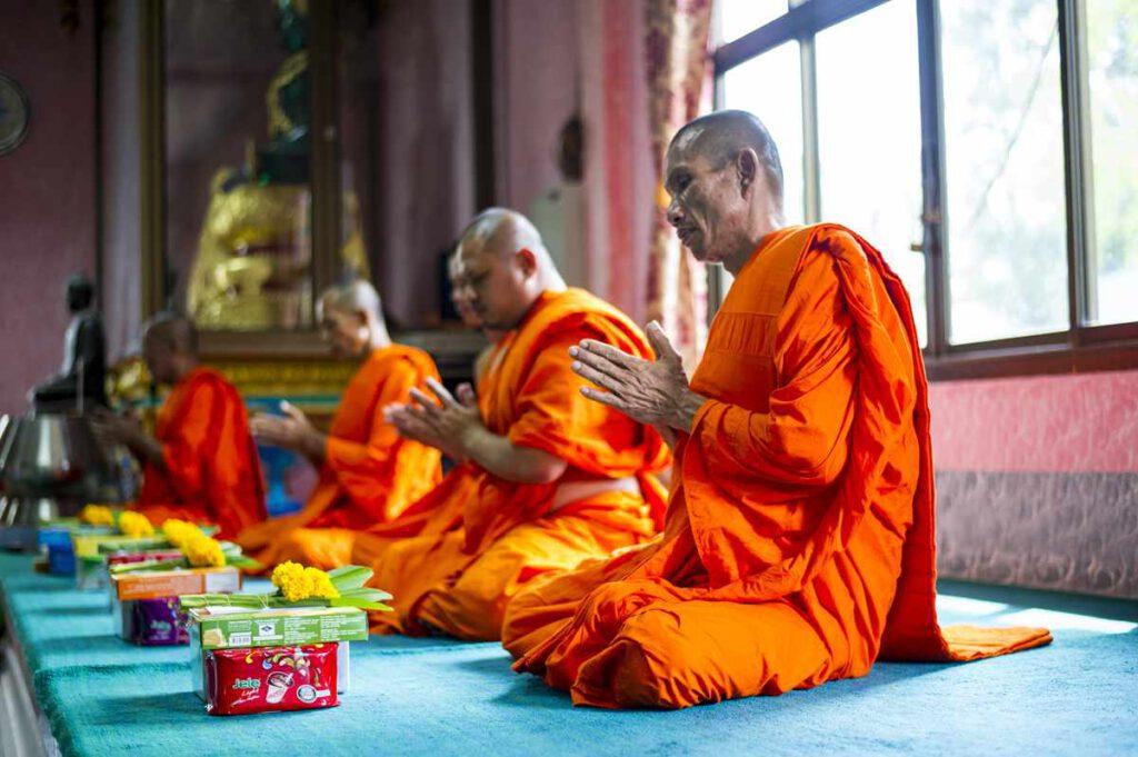 Heiraten in Thailand Mönche